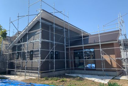 熊本県熊本市東区M様邸、木工事・外壁工事始まりました。
