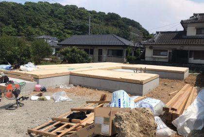 熊本県天草市N様邸、土台敷きの様子です。