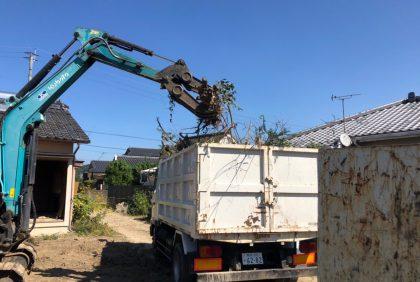 熊本県人吉市H様邸、解体工事が始まりました。